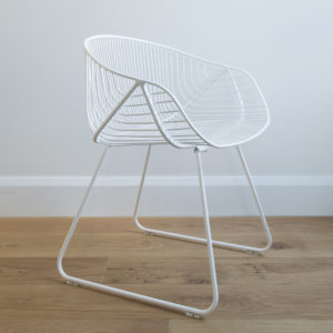 White wire Portobello dining chair, curved arms, wire legs