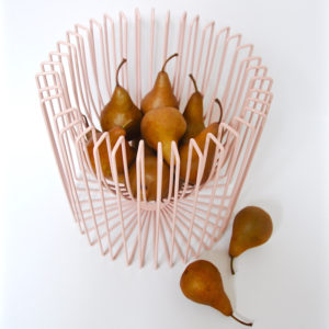wire-fruitbowl-with-pears-blush