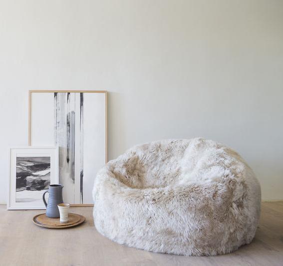 Shaggy wool sheepskin beanbag made with NZ wool