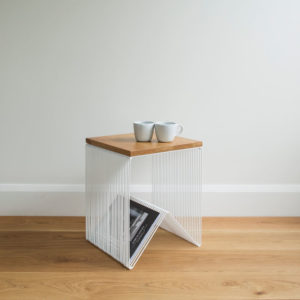 Willowby hardtop - White wire stool