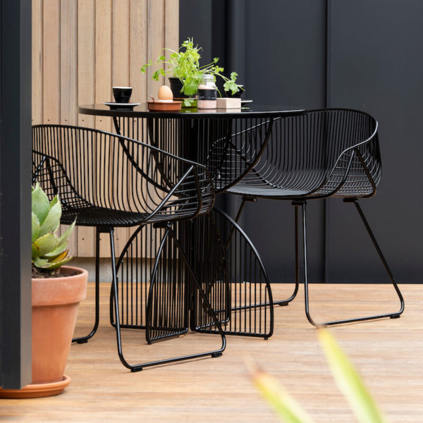 Metal wire chairs - outdoor furniture range